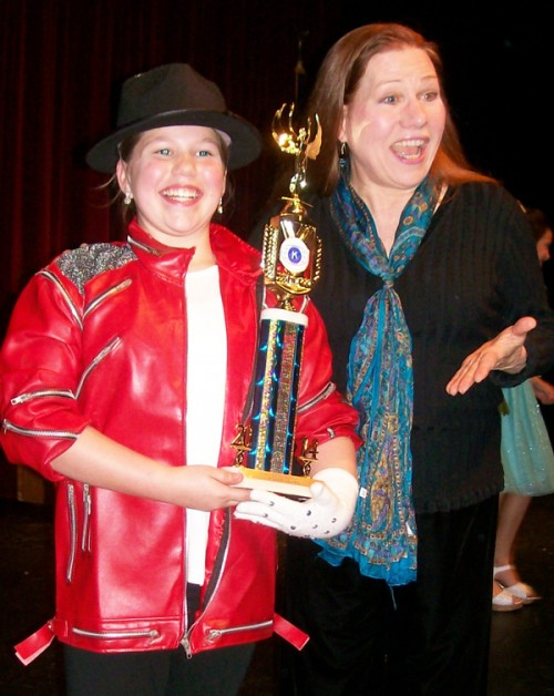 Hannah Singer Takes 1st Place in the White County Kiwanis Talent Competition
